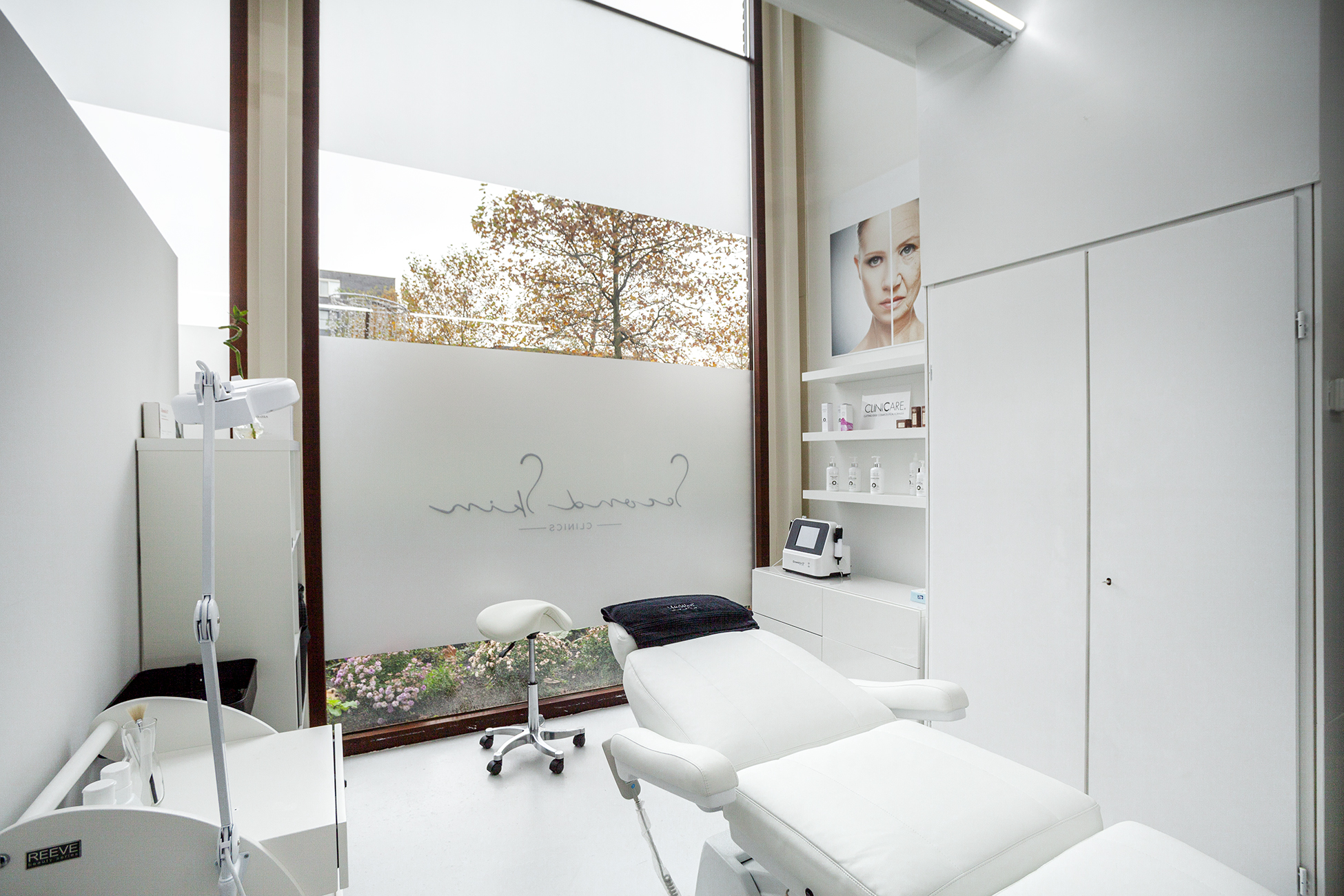 392332_NL_Second_Skin_Clinic_01